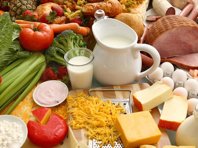 chế độ ăn cho người sỏi thận